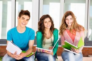 Schüler lernen Latein